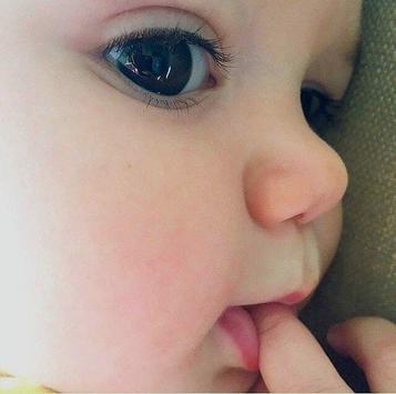 Pretty Babies Live Wallpapers HD screenshot 1