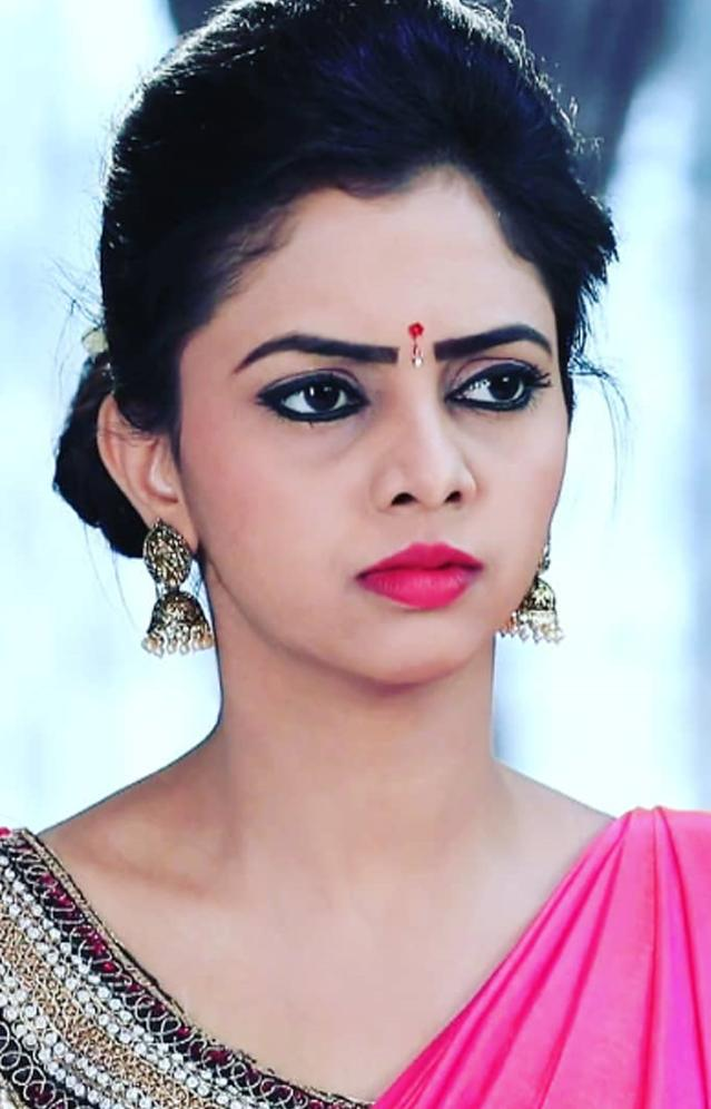 Kannada TV Serial Actress Wallpapers Gallery HD for Android - APK