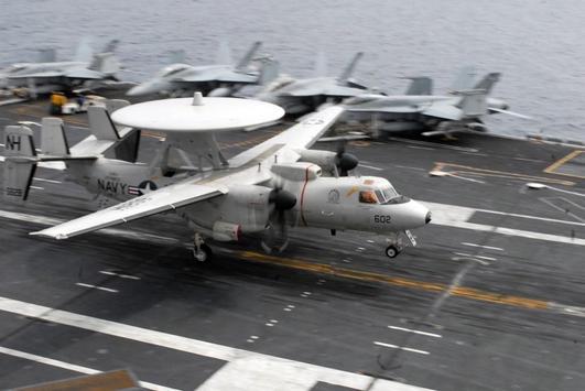 E2 Hawkeye Aircraft Wallpapers screenshot 2
