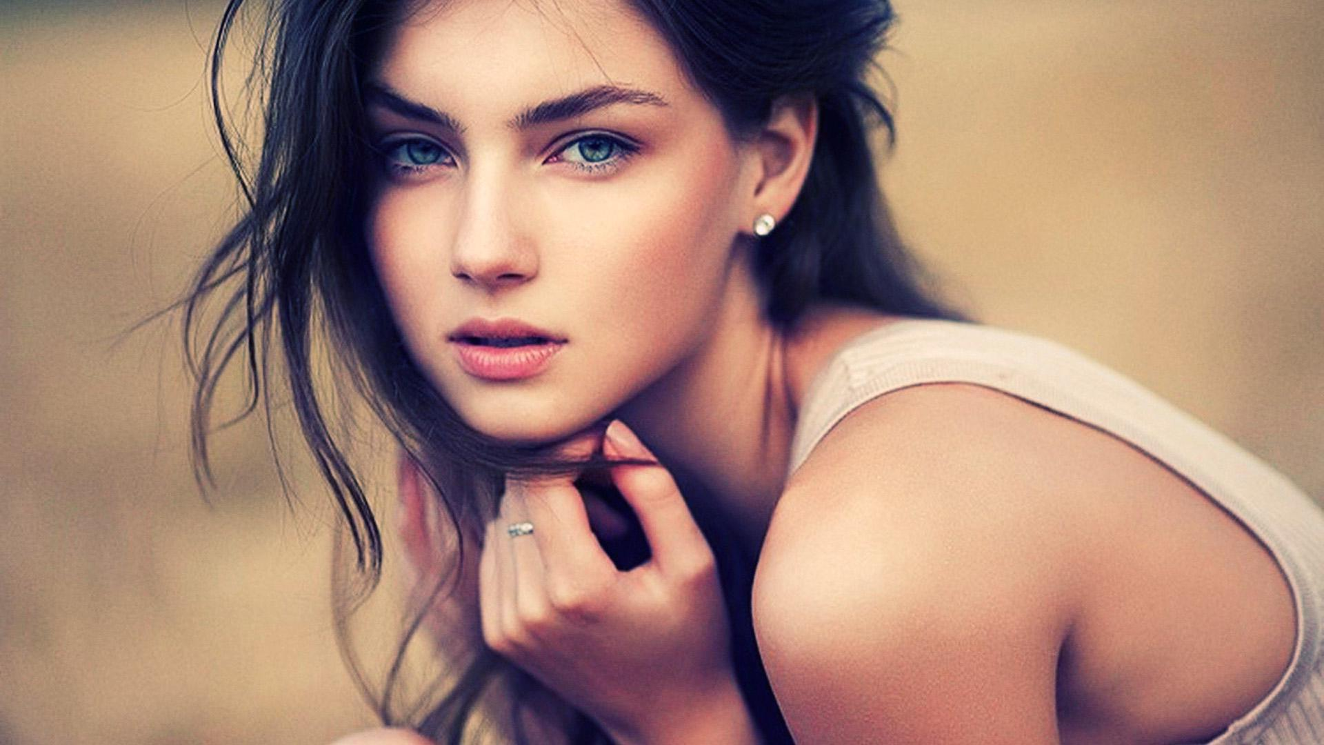 Hot Girls Wallpapers For Android Apk Download