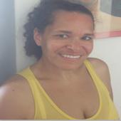 Professora (Física) Elaine Leal icon